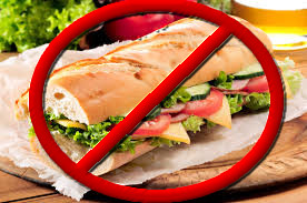 Perché vietare il panino della mamma?